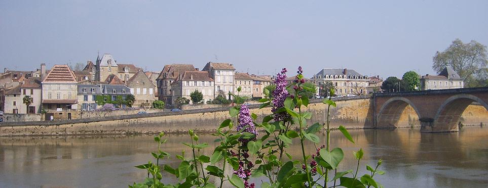 la Dordogne sous les ponts de Bergerac